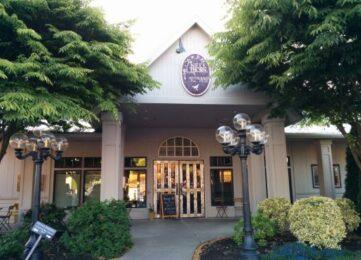 Explore La Conner, The Heron Inn & Day Spa