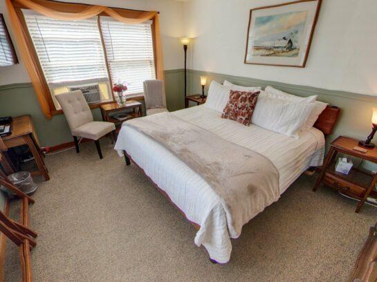 King Rooms, The Heron Inn & Day Spa